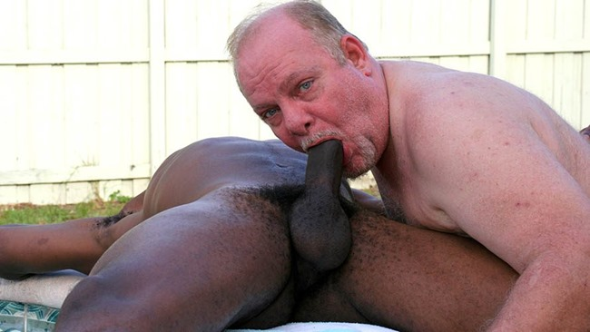 my first daddy trying a black hunk